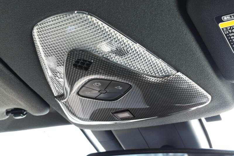 トヨタNOAH/VOXY/ESQUIRE80系対応のドアプロテクターパネルとC-HR対応オーバーヘッドコンソールに後期車用の設定が登場