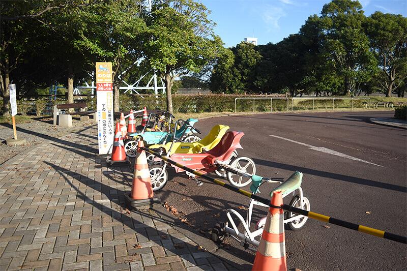 浜松をドライブ!car trip 浜松 石人の星 公園 モアイ 遊具